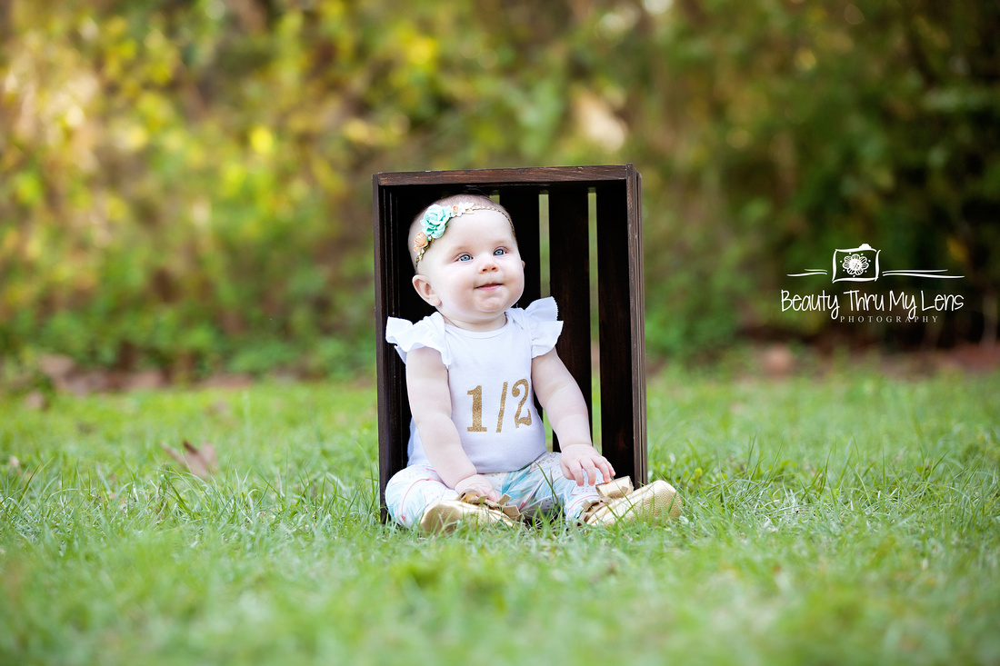 6 month baby girl session/Tampa Children's Photographer